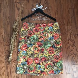 Talbots Size 14 Pencil Skirt Floral Lined